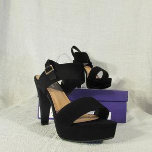 TOP Moda High Heels! Brand New! Black! Gorgeous!